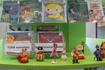 Die Vogtlandbibliothek bietet Figuren zum Anhören auf so genannten Tonie-Boxen.