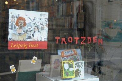 """So präsentierte sich ein Leipziger Buchladen während der Pandemie im letzten Jahr und machte auf """"Leipzig liest"""" aufmerksam. Das Lesefest findet auch in diesem Jahr statt - und das nicht nur digital."""
