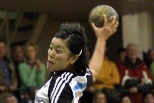 "<p class=""artikelinhalt"">BSV-Handballerin Emi Uchibayashi in Aktion. </p>"