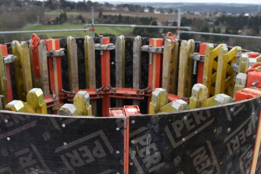 Sanierung des Bergfriedes auf Schloss Voigtsberg in Oelsnitz geht in nächste Phase