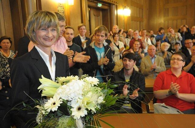 Barbara Ludwig ist am Sonntag erneut zur Chemnitzer Oberbürgermeisterin gewählt worden.
