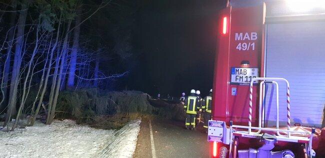 In der Nacht war die Feuerwehr auf der B171 Marienberg Richtung Wolkenstein im Einsatz.