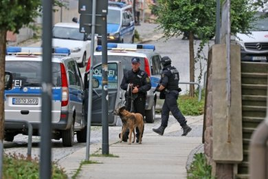 Mit einem Großaufgebot fahndete die Polizei im Juni 2018 unter anderem in Limbach-Oberfrohna nach dem Mann.