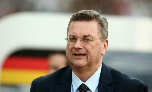 Reinhard Grindel unterstützt die DFB-Frauen gegen Island