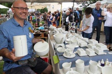 Der Töpfermarkt hat Tradition, allein vergangenes Jahr zog er bis zu 12.000 Besucher an.