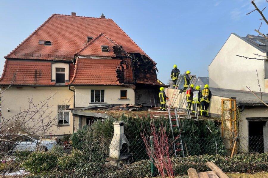 Hoher Sachschaden bei Schuppenbrand in Mülsen
