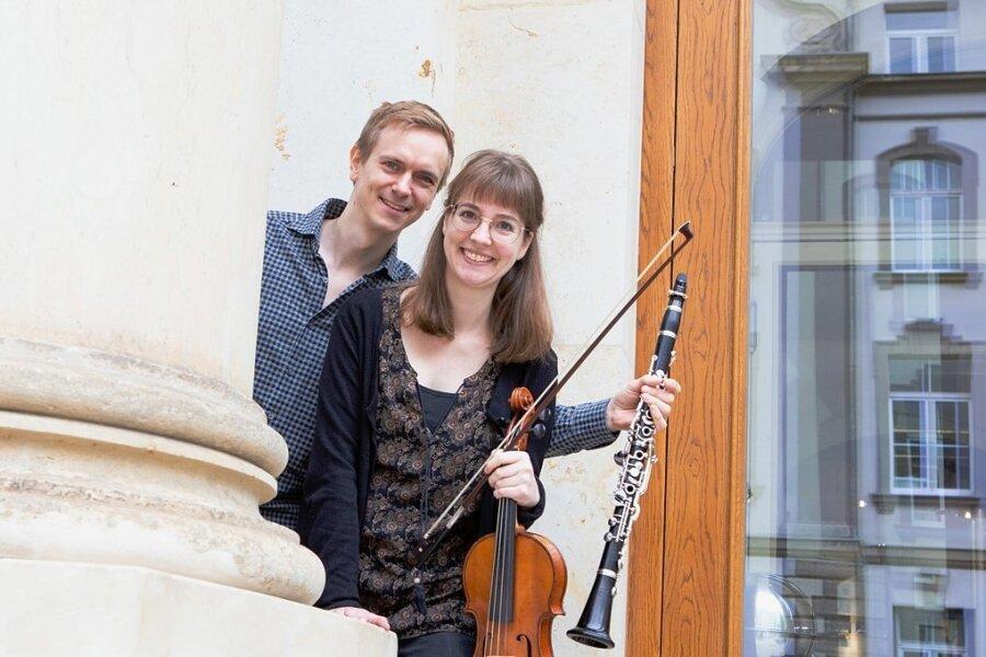 Das Musikerehepaar Kathrin und Vincent Burkowitz. Sie ist neu in der hiesigen Künstlerszene.