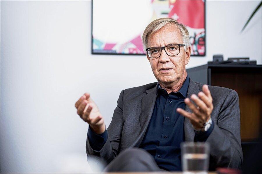 Dietmar Bartsch (63) ist seit Oktober 2015 einer von zwei Fraktionschefs der Linken im Bundestag.