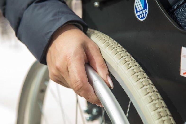 Behinderten-Werkstätten bangen um Öffnung