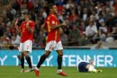 Ging gegen Spanien zu Boden: Luke Shaw (r.)