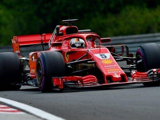 Vettel fährt im dritten freien Traning auf Platz eins