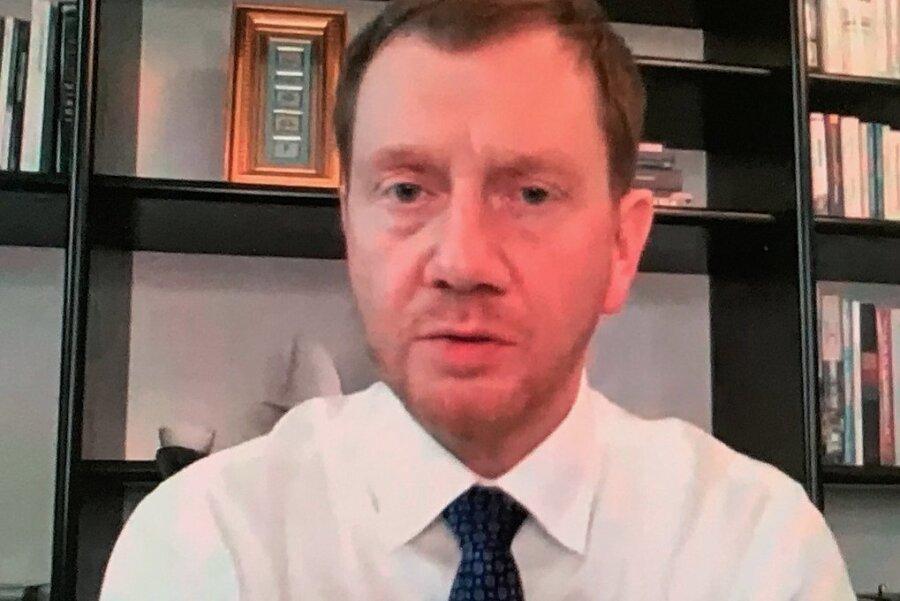 Zwei Stunden hatte Ministerpräsident Michael Kretschmer Zeit, um sich mit den Bürgermeistern des Erzgebirgskreises am Mittwoch in einer Videokonferenz auszutauschen. Er versprach eine Wiederholung.