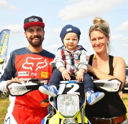 Jörg Haustein war mit Sohn Jon und Frau Sandy zum ersten Lauf der Deutschen Enduromeisterschaft nach Rehna aufgebrochen.