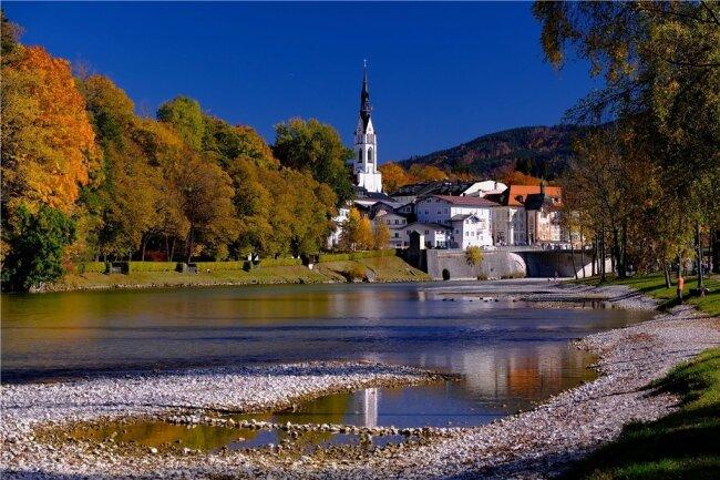 Herbst in Bad Tölz. Von seinem Landhaus aus konnte Thomas Mann bis auf die Isar schauen.