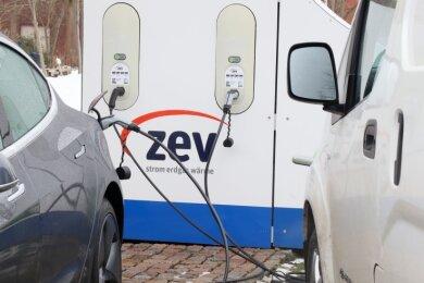 Die ZEV hätte gern den Auftrag übernommen, kam aber nicht zum Zug. Jetzt baut Envia M die neuen Ladesäulen im Stadtgebiet auf.
