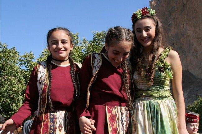 Weinfest in Areni: Höhepunkt ist der Tanz der Weinkönigin im Rebensaft.