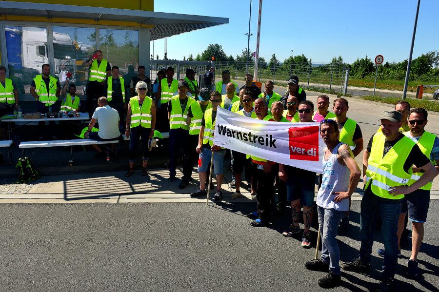Streik in Berbersdorfer Edeka-Zentrallager