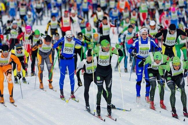 Bis zu 4000 Volkssportler nehmen alljährlich am König-Ludwig-Lauf in Oberammergau teil.