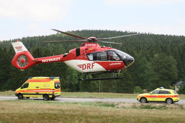 Das Mädchen wurde mit dem Rettungshubschrauber ins Krankenhaus geflogen.