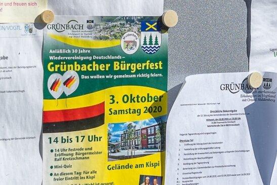 Schwarz-Rot-Gold auf den Kopf gestellt: Bei der Werbung fürs Grünbacher Bürgerfest ist der Gemeindeverwaltung ein Fehler passiert.