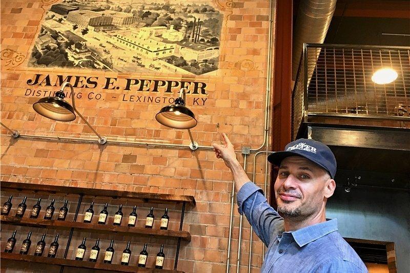 Bangt um seine gerade erst aufgepeppte Whiskey-Distillerie James E. Pepper: Amir Peay aus Lexington im US-Bundesstaat Kentucky.
