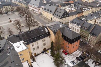 Für das Welterbezentrum in Marienberg entsteht im Hinterhof der Gebäude Markt 5 und 6 ein Anbau. Die Aufnahme entstand im März.