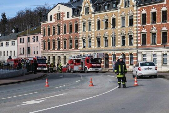 Wegen eines Feuerwehreinsatzes war die Karlsbader Straße in Schwarzenberg zeitweise gesperrt.
