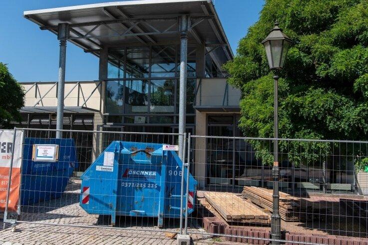 Im Rochlitzer Muldecenter finden derzeit Umbauarbeiten statt. Besonders im Supermarkt soll sich einiges ändern.