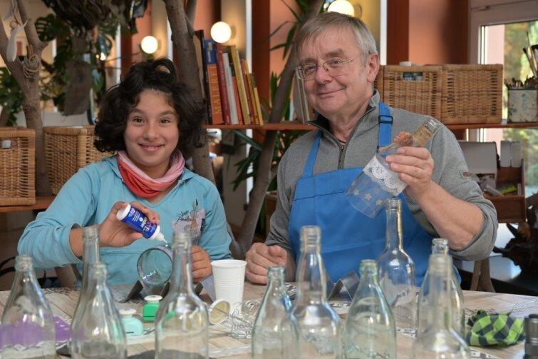 Wie aus Glasflaschen Windlichter werden