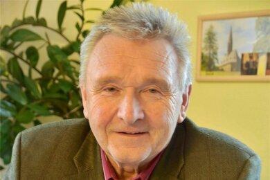 Der 73-jährige Klaus Kertzscher ist ehrenamtlicher Bürgermeister der Gemeinde Niederfrohna. Er beendet seinen Dienst regulär 2022.