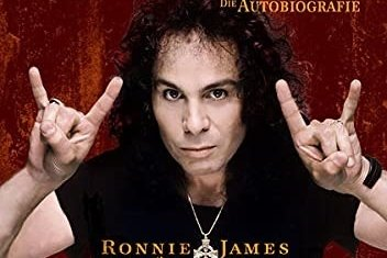 """Das Buch Ronnie James Dio (mit Wendy Dio): """"Rainbow In The Dark"""", I.P. Verlag, 224 Seiten, 21,90 Euro."""