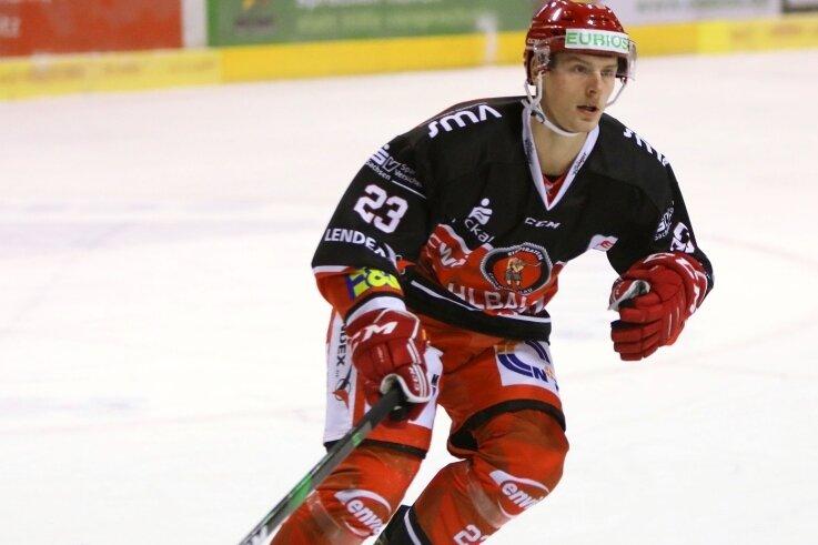 Willy Rudert erzielte am Wochenende sein erstes Profi-Tor und holte sechs Punkte mit den Eispiraten. So kann es weitergehen.