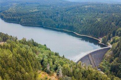 Die Talsperre in Sosa dient dem Hochwasserschutz im Westerzgebirge. Erbaut wurde sie zwischen 1949 und 1952.