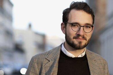 Schriftsteller Lukas Rietzschel verwebt in seinem neuen Roman die Biografie des Malers Georg Baselitz mit der fiktiven Geschichte über den 1991 geborenen Jan.