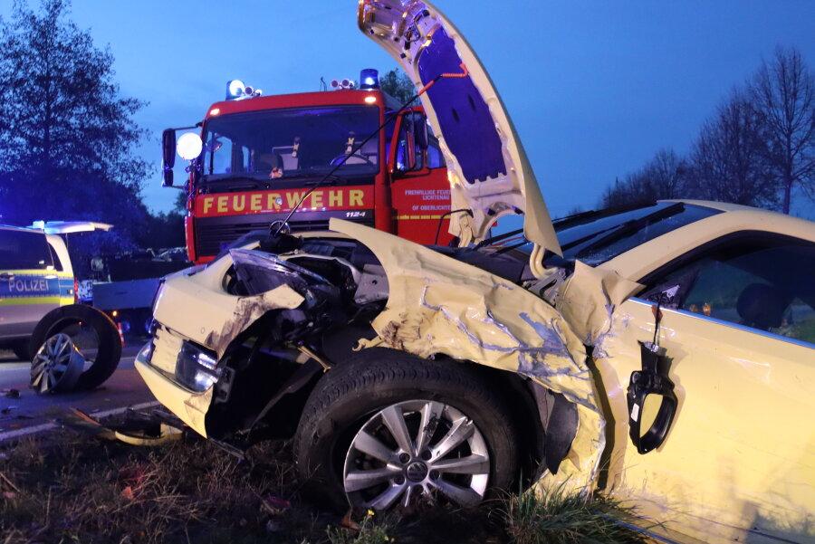 Unfall zwischen Oberlichtenau und Ebersdorf