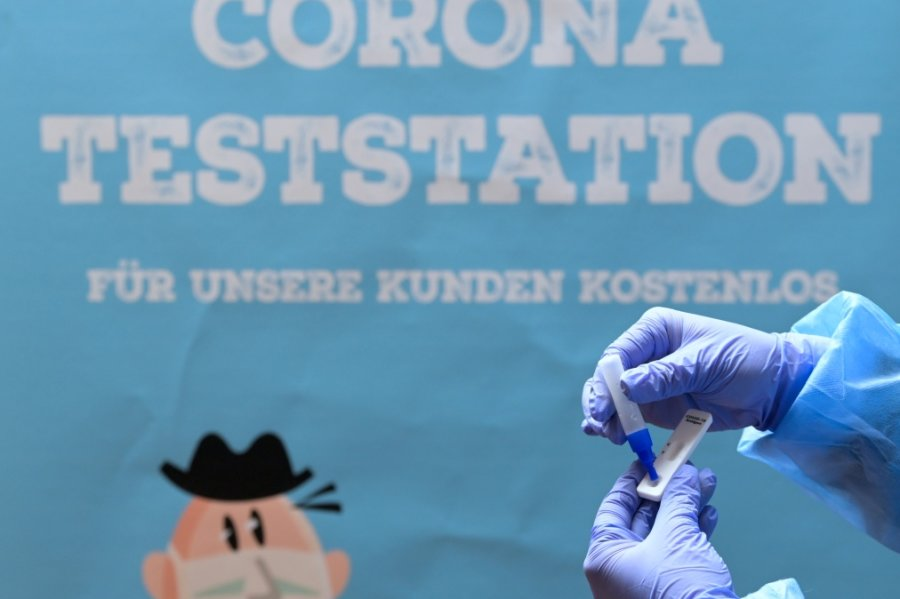 Corona-Lage in Sachsen: 3G-Regel im Vogtland, Freiberg verlegt Wahllokale