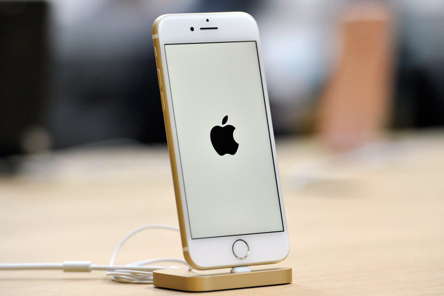 Diebe erbeuten I-Phones aus Geschäften in mehreren Städten