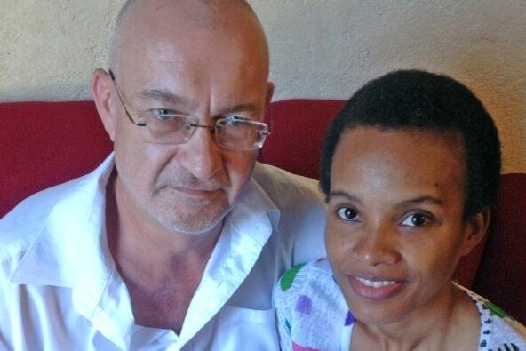 Thomas Hüfken aus Ehrenfriedersdorf hat seit über zehn Jahren auf Haiti eine neue Heimat gefunden, hier mit Frau Rose-Laure und Töchterchen Xenia. Via Internet hält der frühere THW-Mitarbeiter den Kontakt ins Erzgebirge.