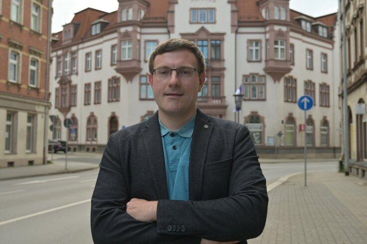 Stefan Hartung möchte als neuer Oberbürgermeister in das Rathaus von Aue-Bad Schlema.