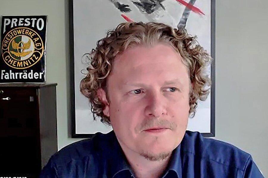 Der parteilose OB-Kandidat Lars Faßmann spricht im Video-Interview auch darüber, wie er die Verwaltung managen würde.