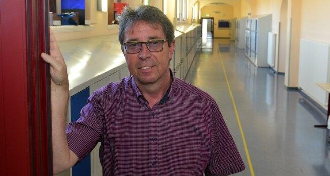 Schulleiter Gerd Becker will seinen Posten am Gymnasium in Mittweida zum Ende des Schuljahres abgeben.