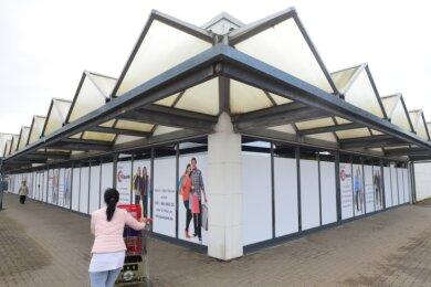 Der Fachhändler Multipolster hat seine Filiale im Einkaufszentrum Olipark in Oberlichtenau geschlossen. Der Mietvertrag war ausgelaufen. Außerdem hätte der Laden saniert und erweitert werden müssen.