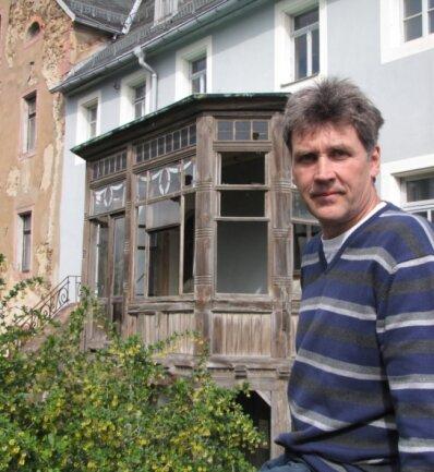 Der Grimmaer Bauingenieur Frank Pastille bleibt weiter dran an der Sanierung der einstigen Geringswalder Lohgerberei An der Halbige. Auch der Pavillon bleibt erhalten.