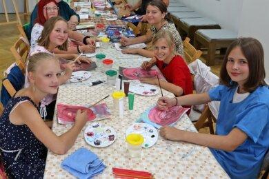 17 junge Malkünstler konnten sich in den vergangenen Tagen in der Meeraner Galerie kreativ austoben.