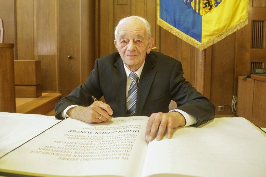 Justin Sonder ist seit Freitag Ehrenbürger der Stadt Chemnitz.