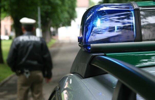 Polizei sucht nach Randalierern in Adorf