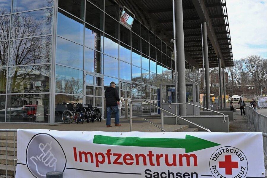 Das Chemnitzer Impfzentrum in der Richard-Hartmann-Halle.