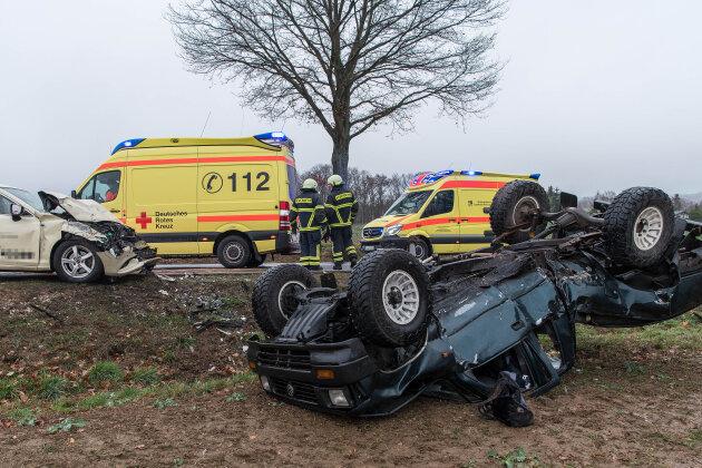 Vier Schwerverletzte bei Unfall nahe Rochlitz