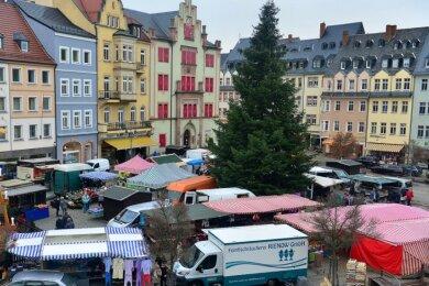 Am heutigen Samstag öffnet noch einmal der weihnachtlich geschmückte Wochenmarkt in Mittweida, die Geschäfte haben teils bis 18 Uhr geöffnet. Ab Montag beginnt dann auch hier der Lockdown.