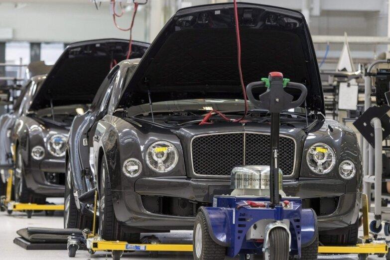 Letzter Check vor dem Ausrollen: Ein Mulsanne im Bentley-Werk Crewe.